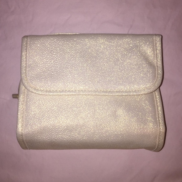 f8835ee3e666 Bare Minerals Makeup and Travel Bag NWT